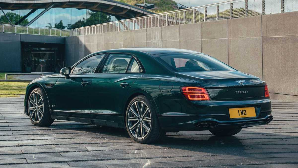 Bentley Flying Spur Goes Hybrid rear view