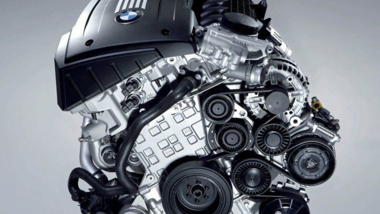 BMW 3.0 liter biturbo inline 6 cylinder engine   Motor1.com Photos