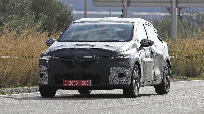 2019 Renault Clio New Spy Photos