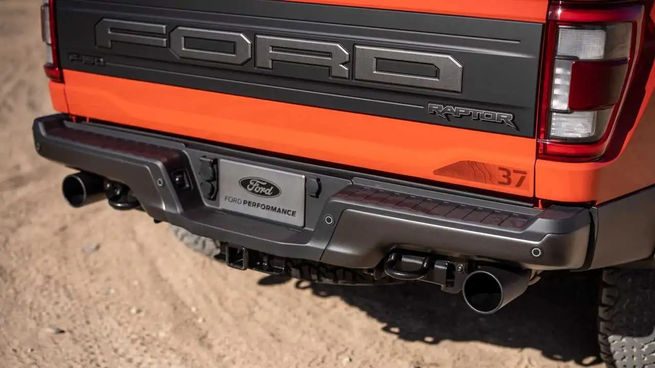 2021 ford f 150 raptor exhaust was