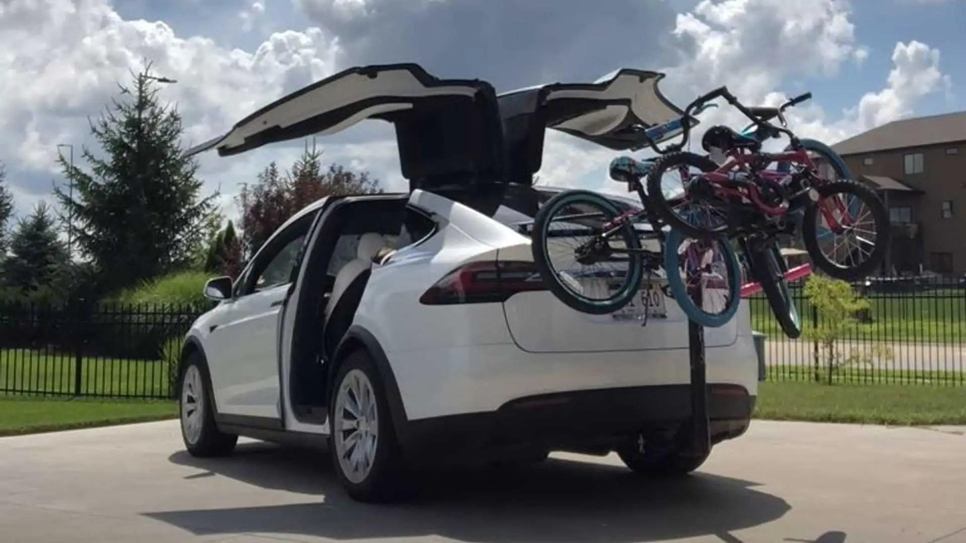 tesla model x how much does a bike rack decrease range