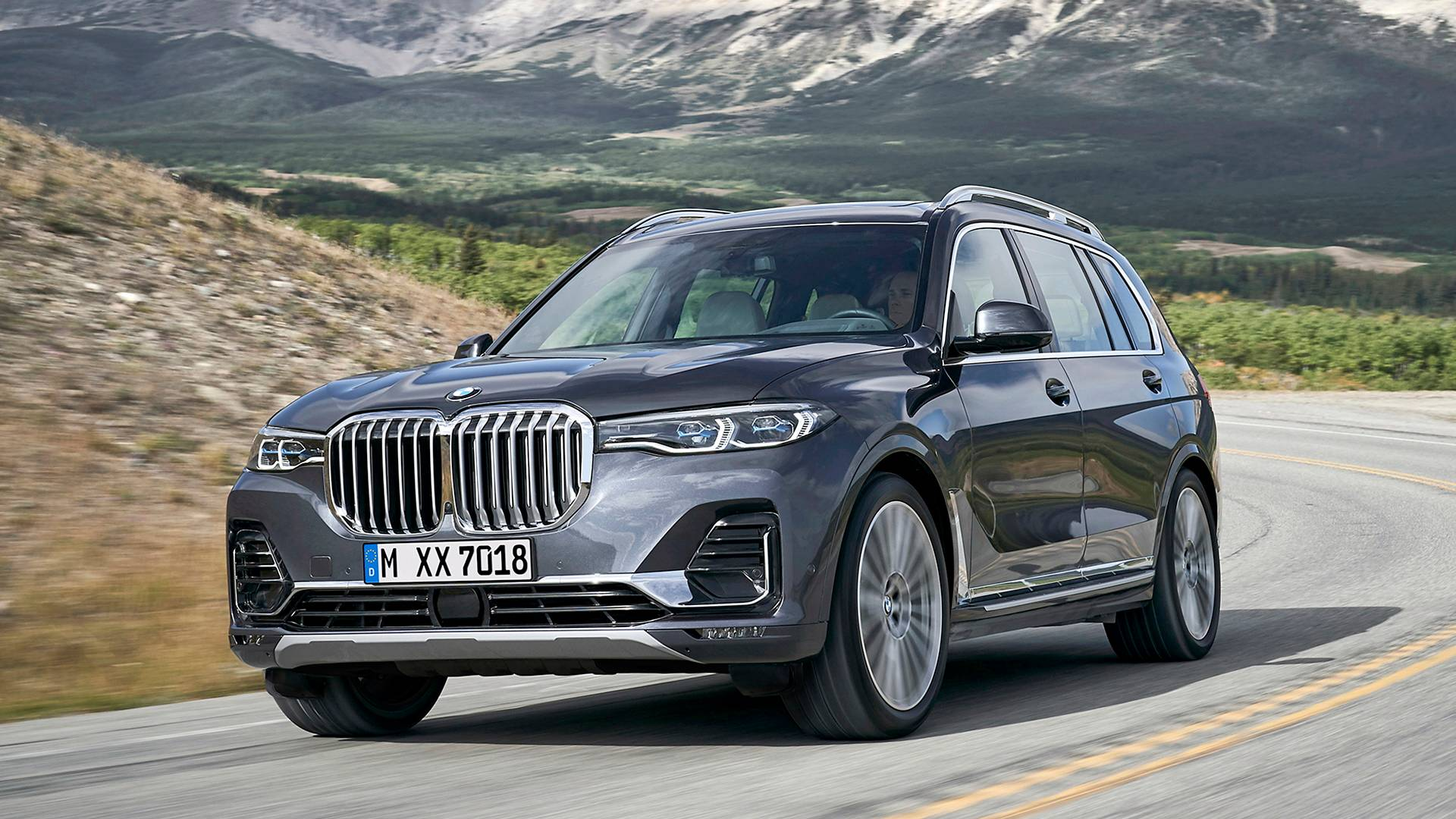 Suv With Captain Chairs 2019 Bmw X7 Arrives Bringing Brawny Face To 7 Seat Suv Segment