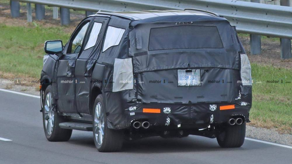 medium resolution of 2021 chevrolet tahoe and suburban could be next gen models next chevrolet tahoe
