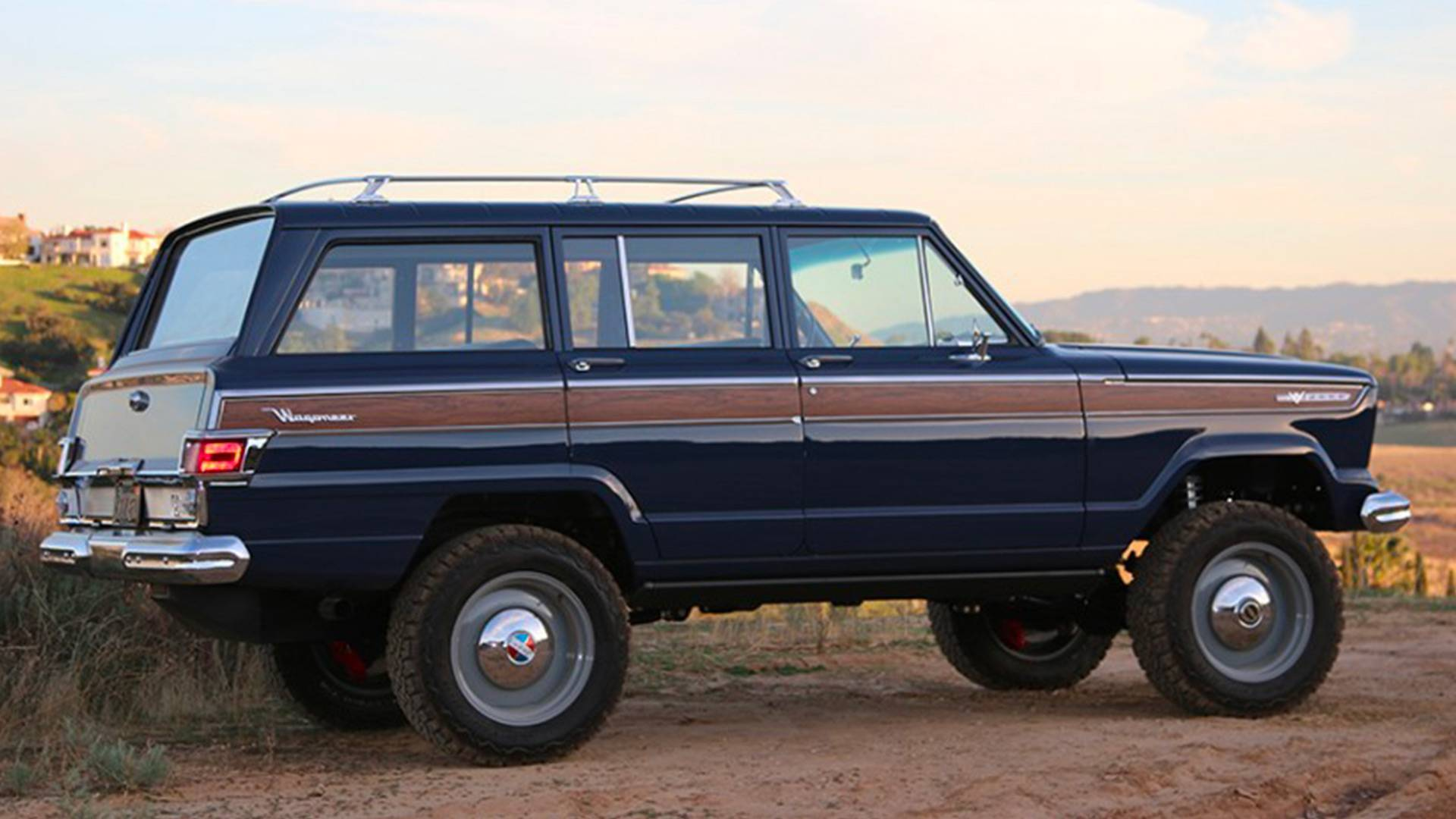 this kaiser wagoneer by