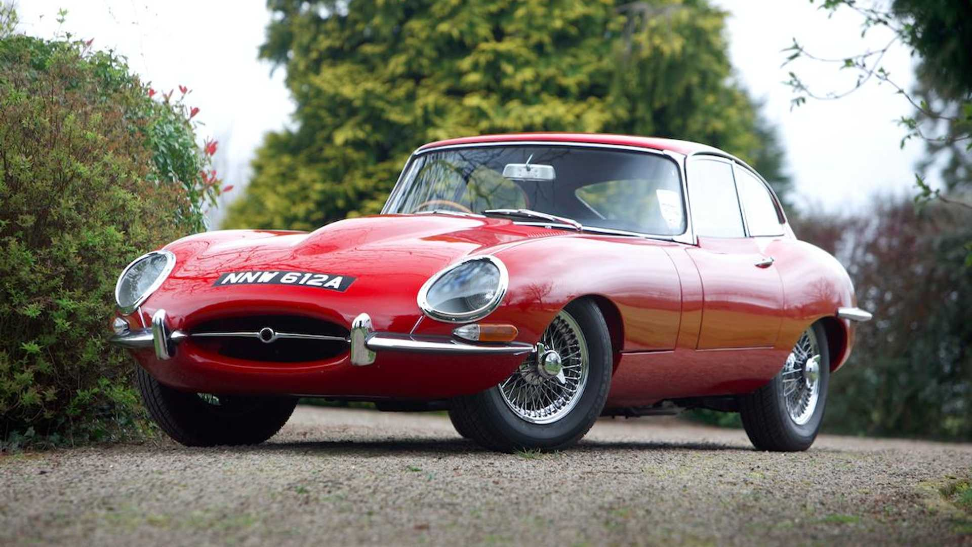 hight resolution of jaguar xke