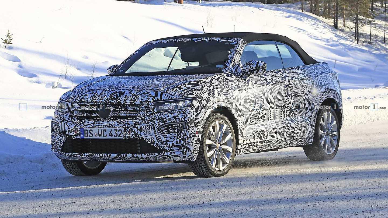 2020 Volkswagen T-Roc Cabrio Spy Photos