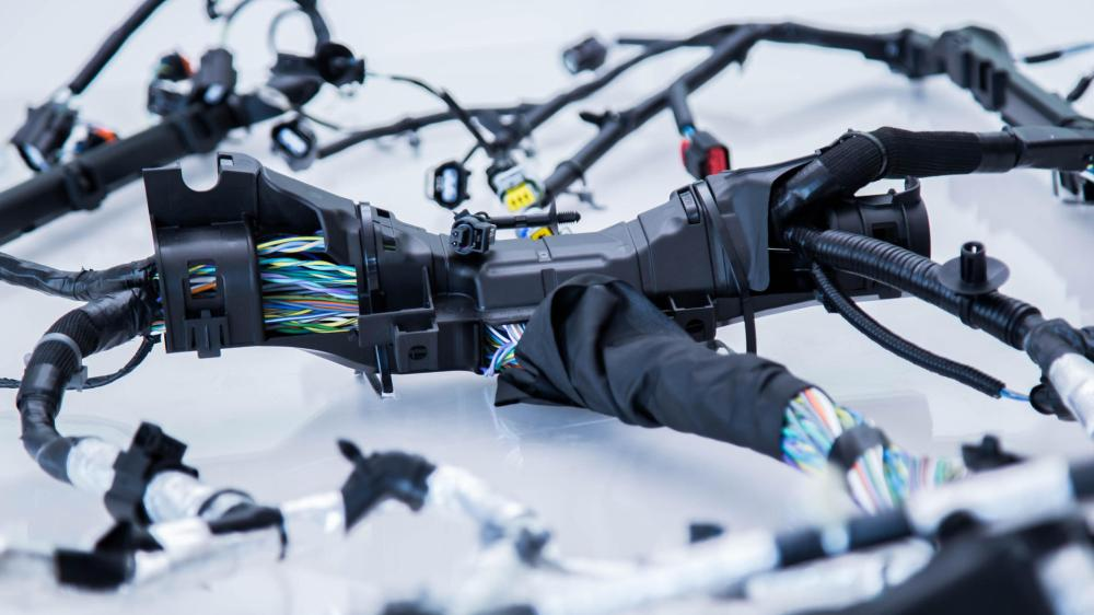medium resolution of automotive wiring harnes retainer