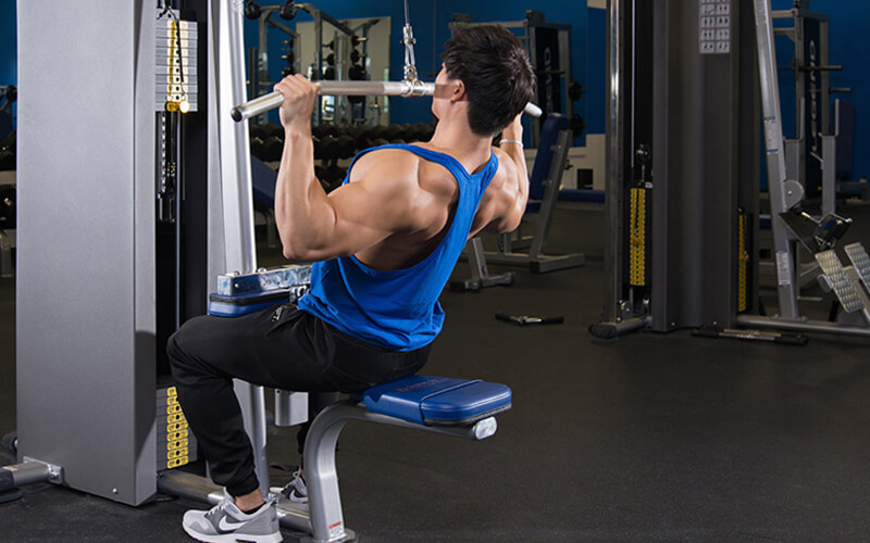 M&S Athlete Performing Lat Pulldowns on Back Day