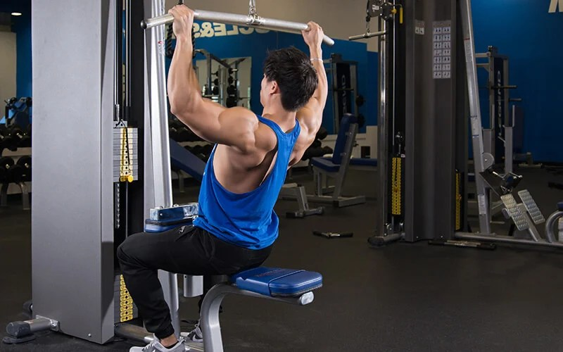 M&S Athlete Performing Pulldowns