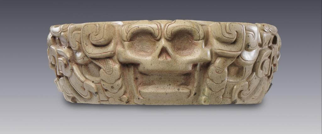 Yugo con crneos  El Mxico antiguo Salas de Arte