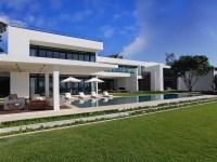 A Superb, Modern Home in Miami Beach, Florida