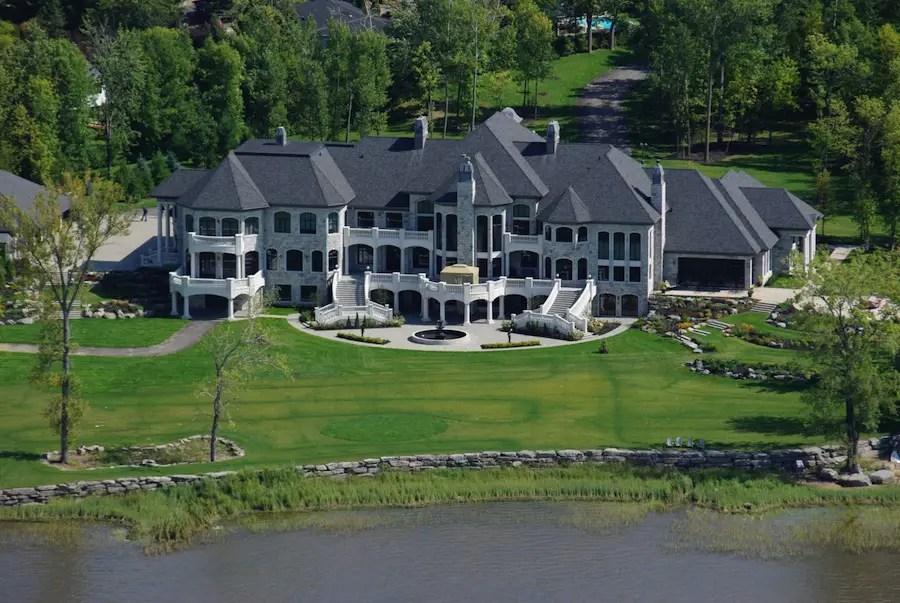 Grandiose 12 Acre Estate In Montreal Quebec