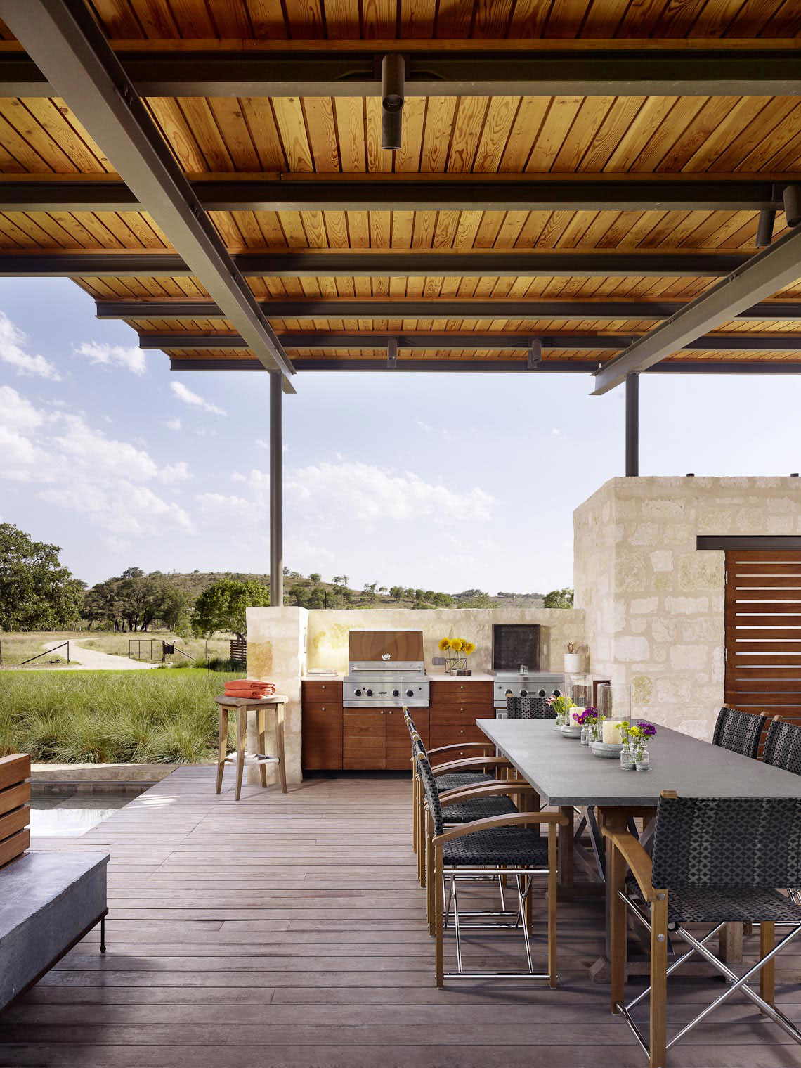 outdoor kitchen pavilion designs wall decorating ideas open air story pool house by lake flato 6
