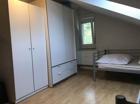Mblierte Wohnung fr 7 Pers in StuttgartHedelfingen
