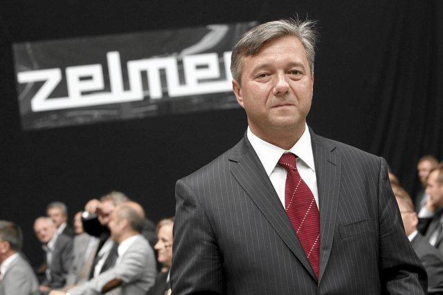 Jak na wartość wycenianej na 400-500 mln firmy prezes Zelmera zarabiał skromnie - 53 tys. miesięcznie. Prawdziwe miliony czekały na niego gdy wyprowadził firmę na prostą i sprzedał inwestorom