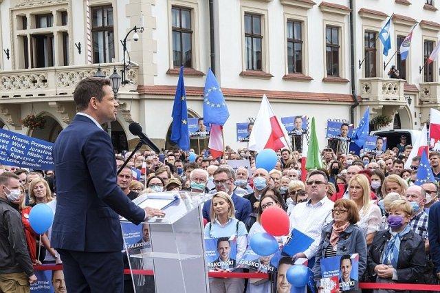 Mariusz Max Kolonko proponuje zesłać do obozów pracy zwolenników Rafała Trzaskowskiego.