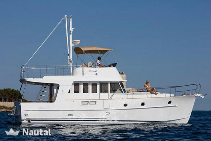 Unforgettable Vacations With This Beneteau Swift Trawler