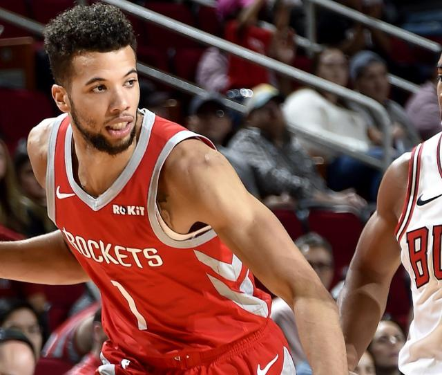 Bulls Waive Carter Williams After Trade With Rockets