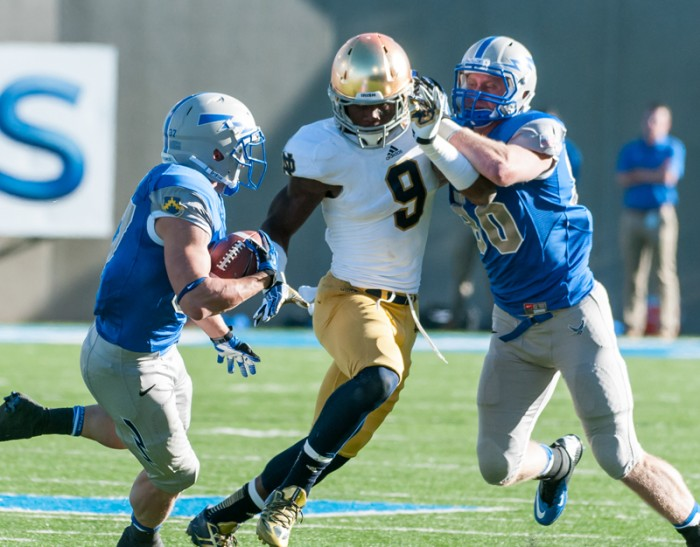 Sophomore linebacker Jaylon Smith zeroes in on the ballcarrier in the Oct. 26 game against Air Force.