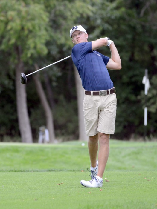 Irish senior David Lowe takes a shot during the Notre Dame Kickoff Challenge on Sunday at the Warren Golf Course.