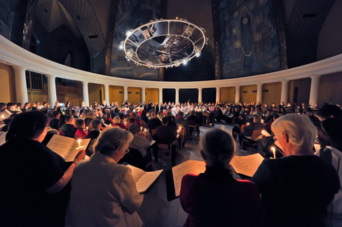 "Community members, Saint Mary's students and Sisters of the Holy Cross attend last year's ""Lessons and Carols."""