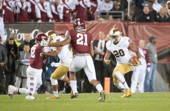 Irish senior running back C.J. Prosise finds the open field during Notre Dame's 24-20 win over Temple on Oct. 31.