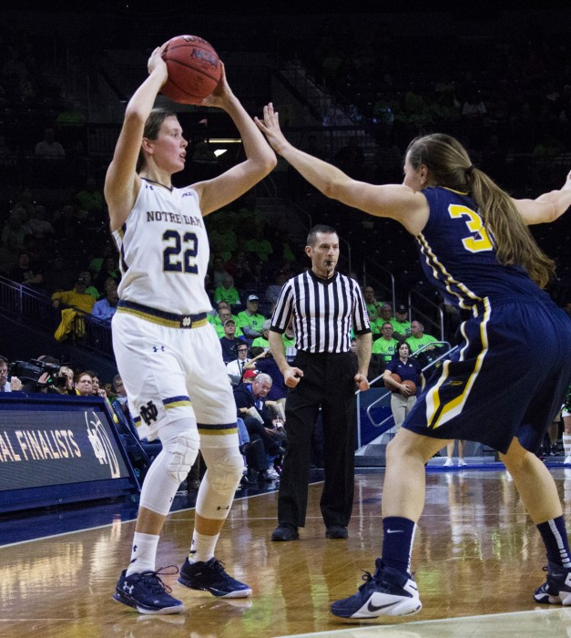 Irish graduate student guard Madison Cable looks to pass the ball during Notre Dame's 74-39 win over Toledo on Nov. 18.