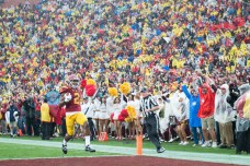 Junior defensive back Adoree' Jackson returns a punt for a touchdown for the Trojans during Saturday's game against Notre Dame.