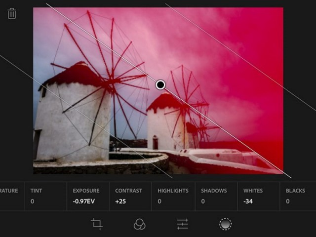 Adobe Photoshop Lightroom Gets Raw Image Support on iOS, Manual Controls on Android