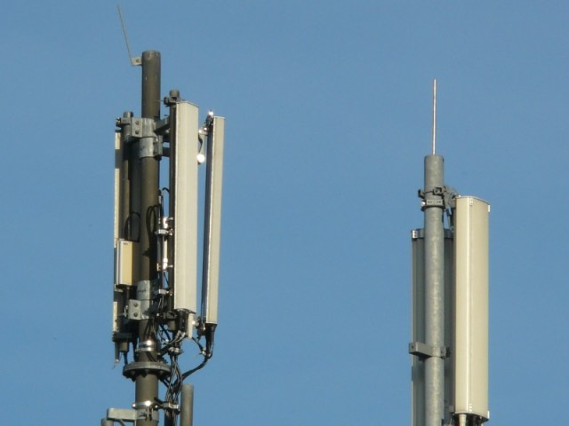 Spectrum Auction Likely to Be Held in September, Says Telecom Minister