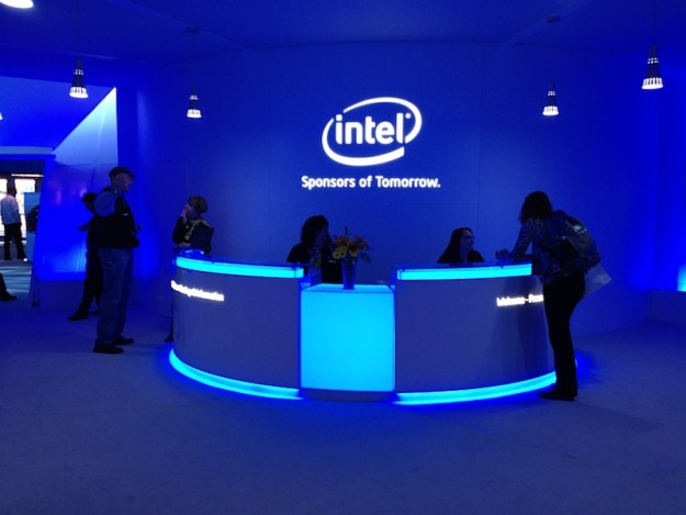 intel_official_12 Intel set to deliver faster wireless speeds than ever before in Apple's iPhone 7 Android