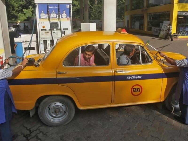 Kolkatas Yellow Taxis Can Now Be Booked via Ola