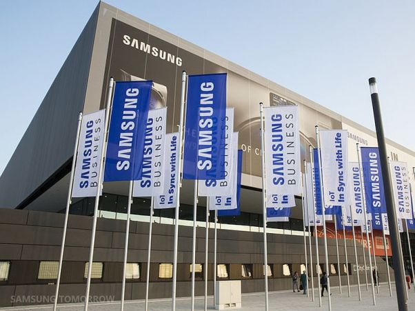 samsung_flags_ifa2015_official.jpg