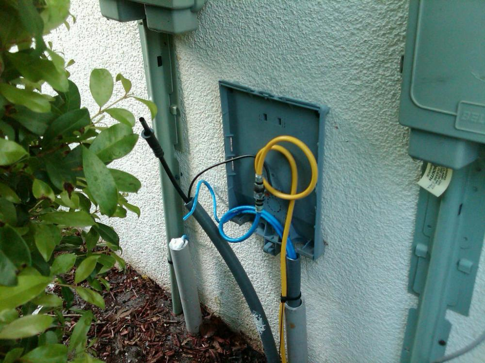 medium resolution of cable wiring outside house wiring diagram expertcable box outside general discussion neowin cable wiring outside house