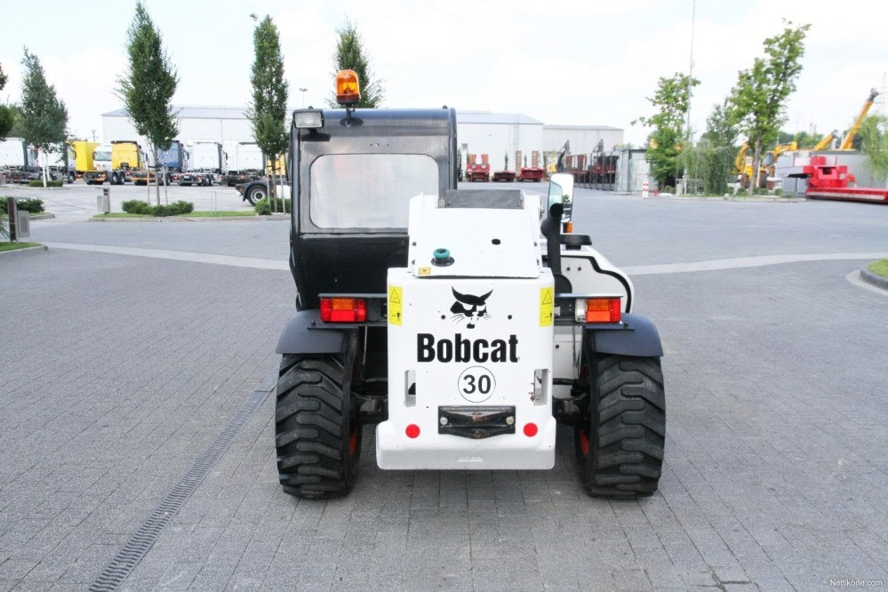 medium resolution of bobcat telescopic loader handler t2250 4x4x4 5 m 250 mth new