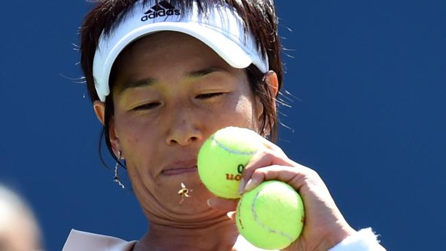 Kimiko Datekrumm Attacked By Bees In Us Open Match