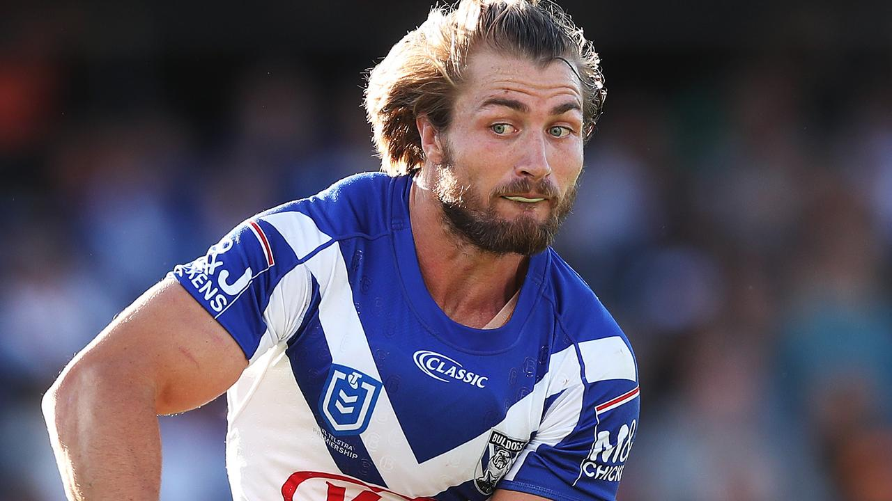Nrl 2019 Bulldogs Coach Dean Pay Contract Uncertainty