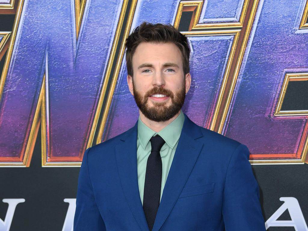 Captain America Star Chris Evans Accidentally Shares Nude