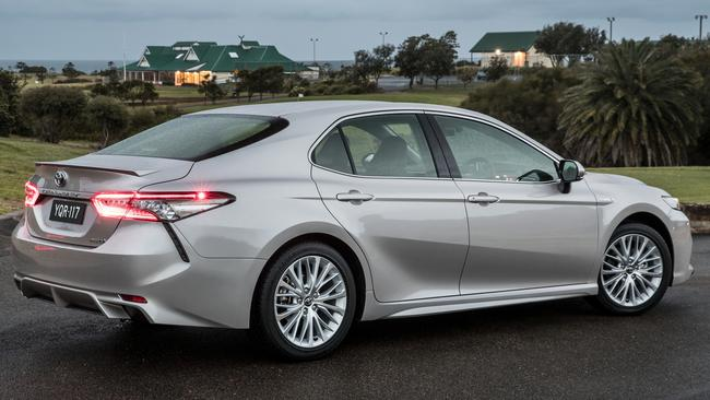 all new camry australia grand avanza grey review japanese made toyota sl hybrid the handles tight corners with aplomb