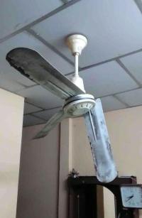 Toddlers head split open by ceiling fan after she was ...