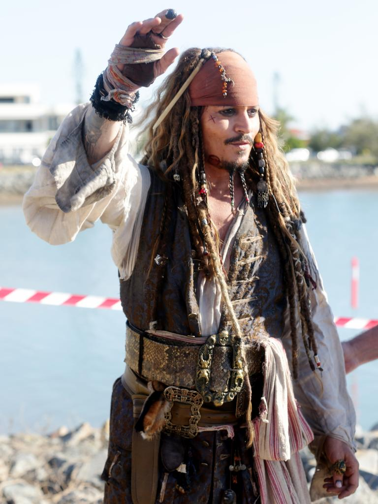 Ahoy Johnny Depp Surprises Queensland Locals