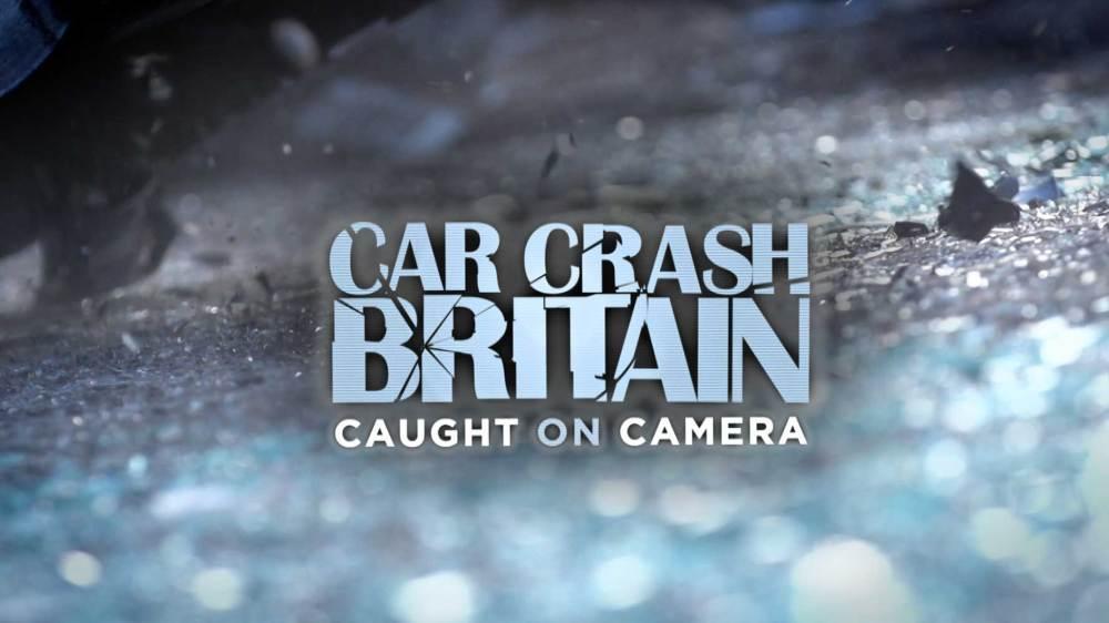 medium resolution of car crash britain caught on camera