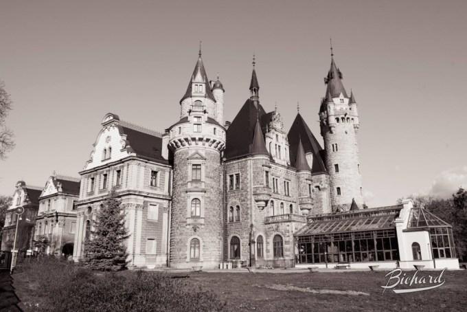 Fairweather Manor