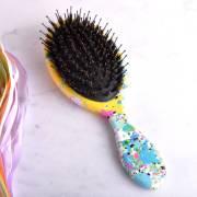jackson pollock style hair brush