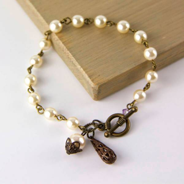 Vintage Style Filigree Pearl Bracelet Gaamaa