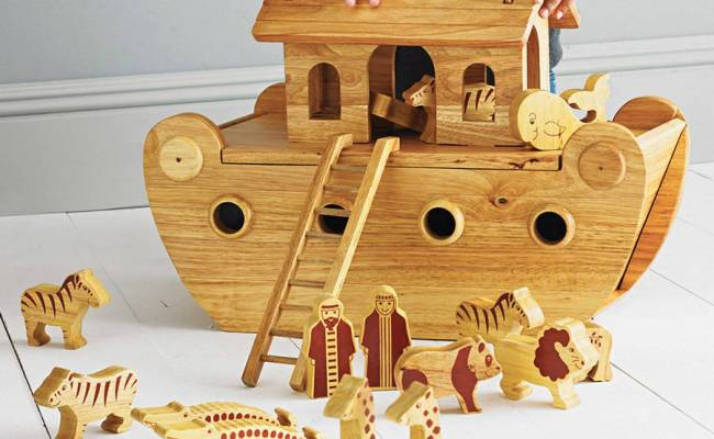 Natural Wood Noah S Ark With Animals By Knot Toys