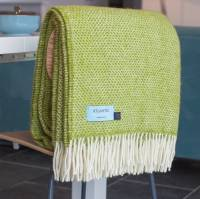 meadow green honeycomb throw by atlantic blankets ...