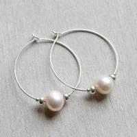 freshwater pearl hoop earrings by myhartbeading ...
