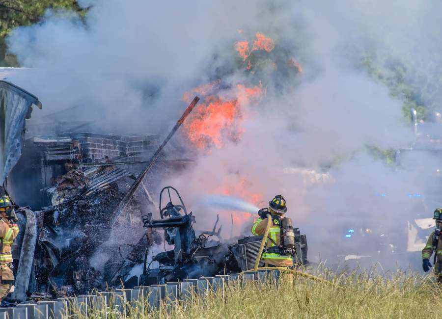 Fiery accident closes I85  The Newnan TimesHerald