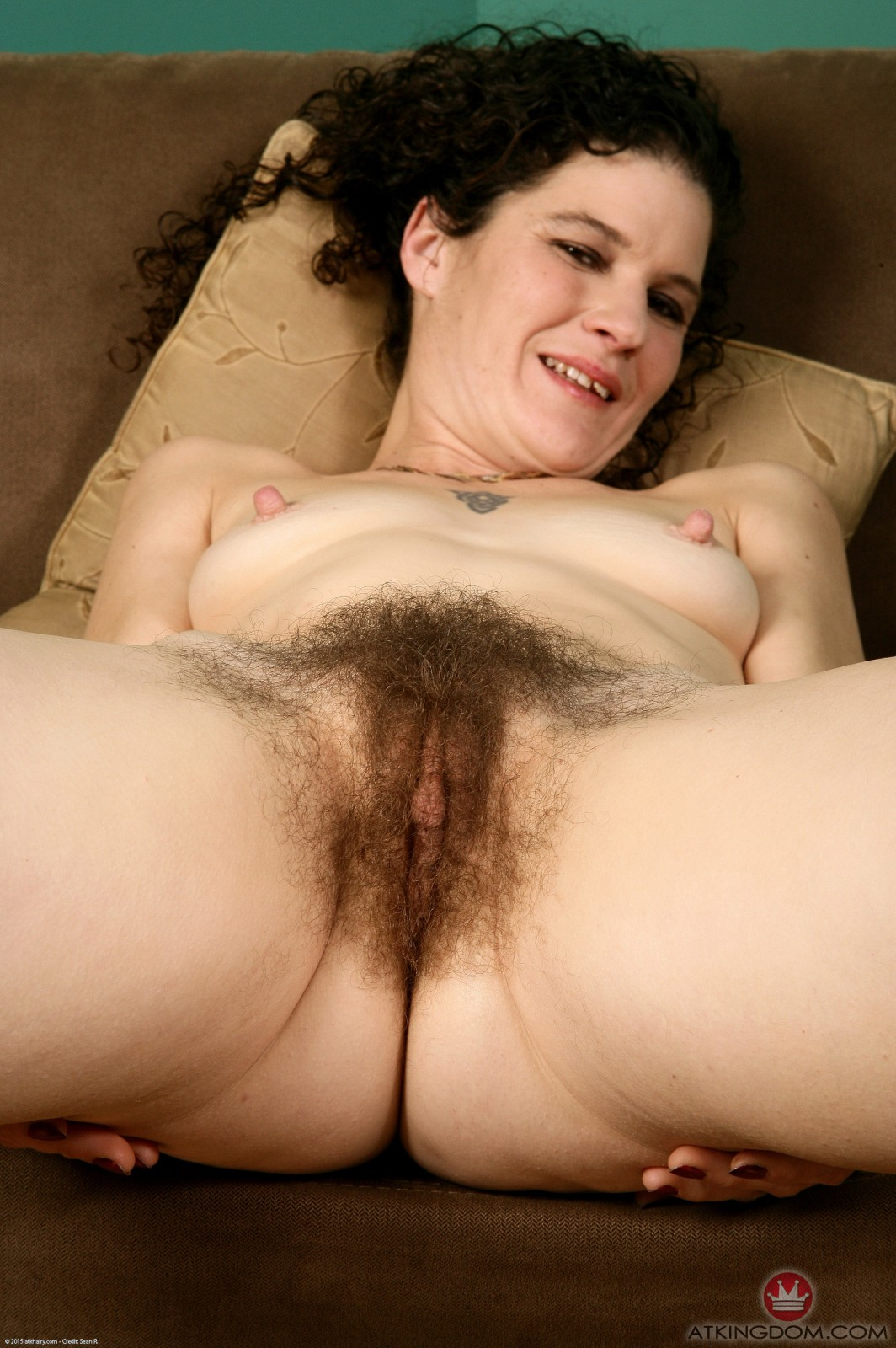 Hairy amateur Sunshine Photo 15  NudeAndHairycom